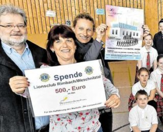 Lions Club spendet für Musical